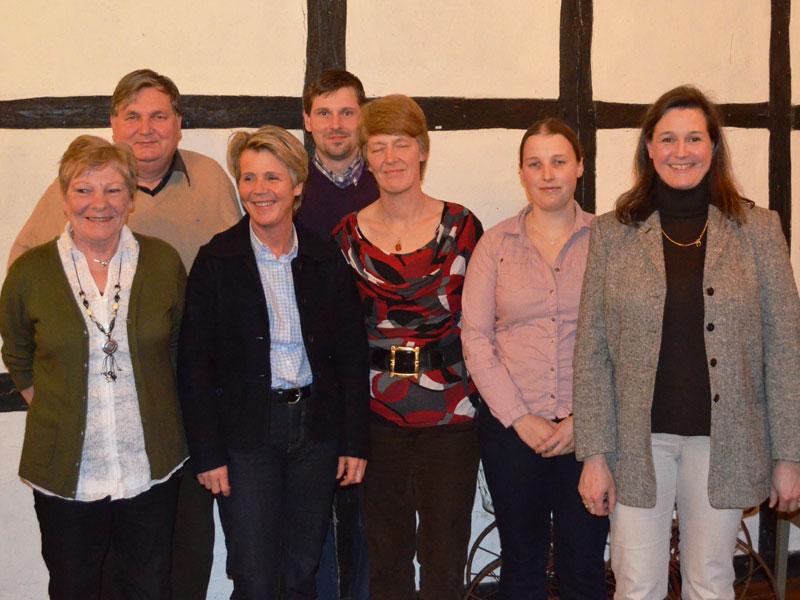 Der neue Vorstand: Gisela Kaussen, Reinhard Müller, Petra Heiseke-Kiefer, Carsten Heine, Maren Ludwig, Daniela Paske, Birgit Meyer-Thaut