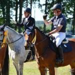 Petra Heiseke-Kiefer (2.) und Josef Wulf (3.) bei der Siegerehrung des Visolaser-Cup-Finales im Springen